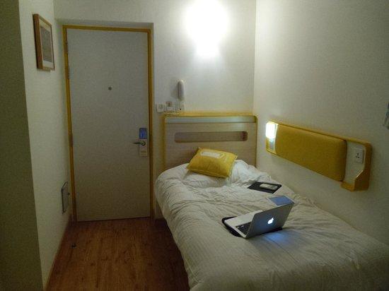 bloomrooms @ Link Rd: room number 2