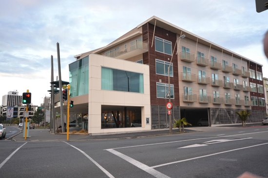 Millennium Hotel New Plymouth Waterfront : Waterfront Hotel with parking underneath