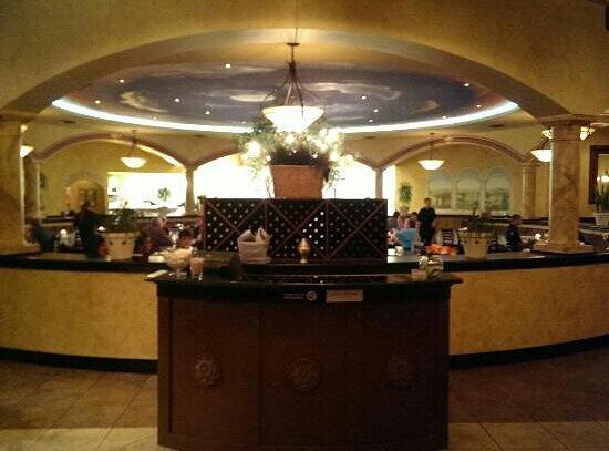 Galo's Italian Grill: foyer
