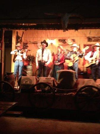 Circle B Ranch Chuckwagon Supper & Western Music Show: performers at Circle B