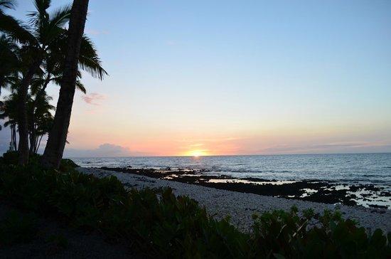 Kohala Suites by Hilton Grand Vacations: Amazing sunsets