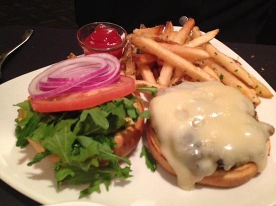 Chinook's Seafood Grill : Buffalo Burger