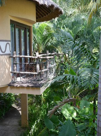 Mara River Safari Lodge: This is the balcony from which you can watch the animals