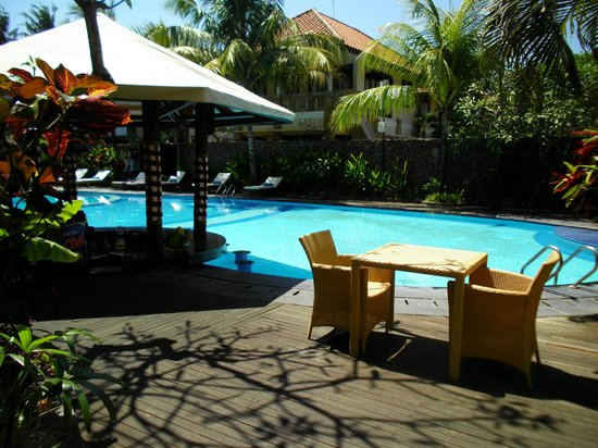 Best Western Resort Kuta: Pool