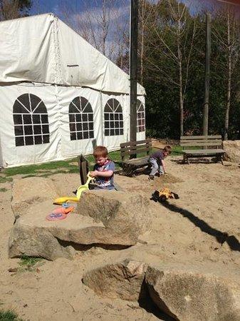 Rose Cottage Canberra: kids area