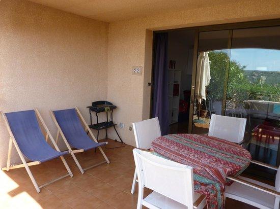 Le Hameau Du Pero : Terrasse