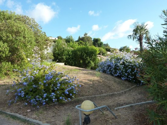 Le Hameau Du Pero : Jardin