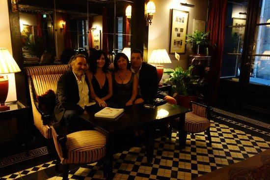 Hotel Villa d'Estrees : before our evening begins, lobby villa d'estrees
