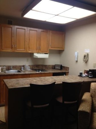 Holiday Inn Santa Maria: kitchenette