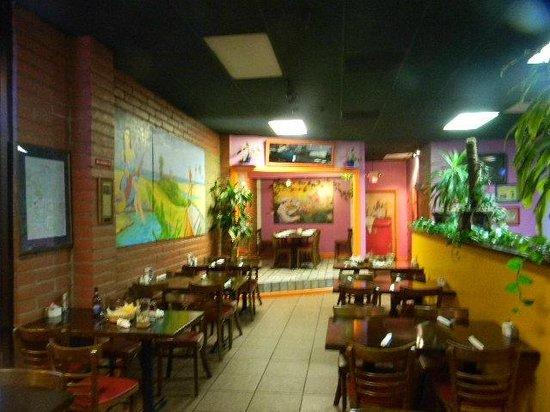 TIA Juana Restaurant: interior murals