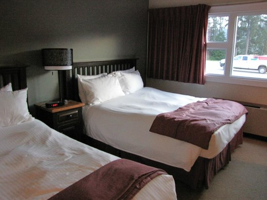 Prestige Hudson Bay Lodge: Bed
