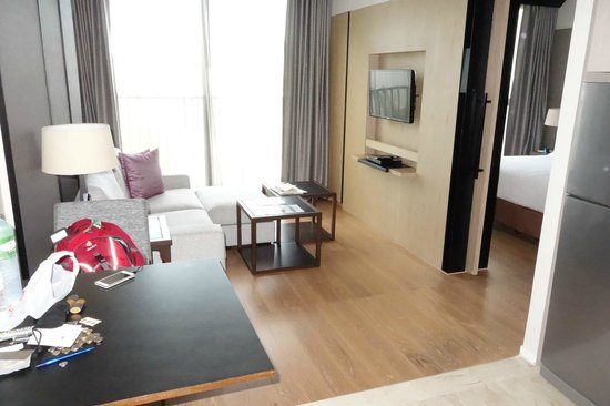 Arcadia Suites Bangkok by Compass Hospitality: Living Room