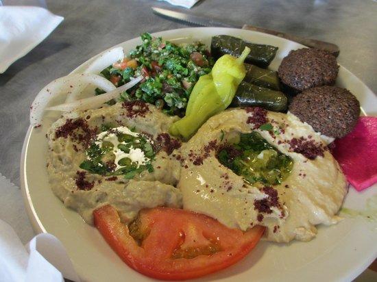 King O Falafel: vegetarian plate