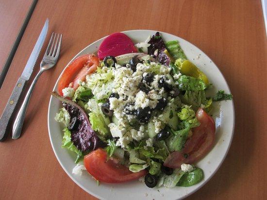 King O Falafel: Mediterranean salad
