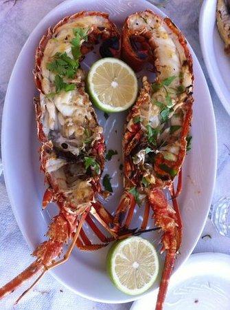 Sfinari Beach : lecker