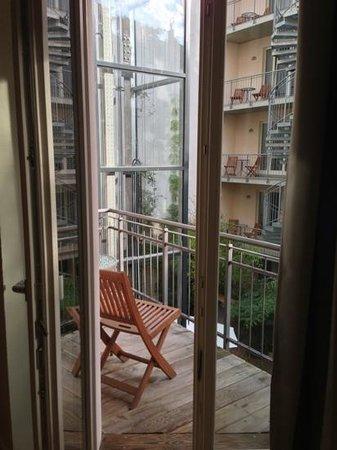 Schoenhouse Apartments : Room 110 ('Senior I') balcony