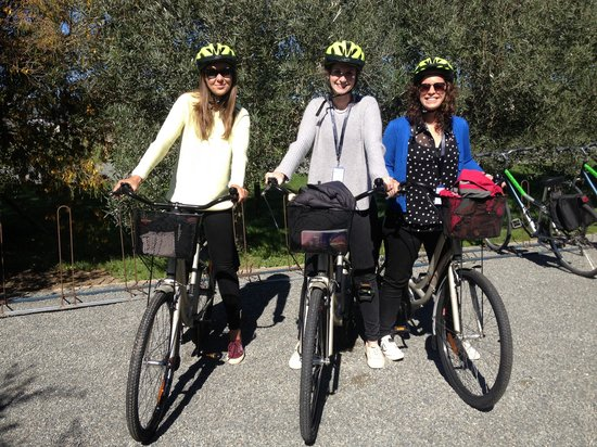 Wine Tours By Bike: On our bikes!
