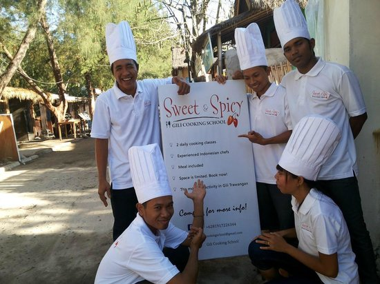 ‪Sweet & Spicy Gili Cooking School‬