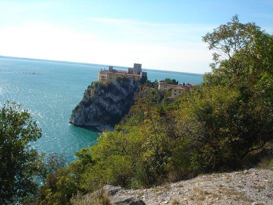 Duino, Italien: А вот и замок Дуино