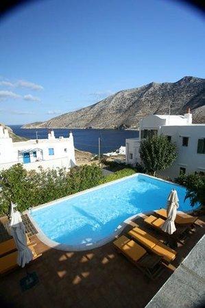 Margado Accommodations : refreshing pool...