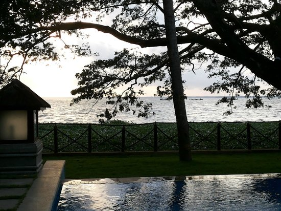 The Zuri Kumarakom: Mobile Snap : Private Pool - View from the room