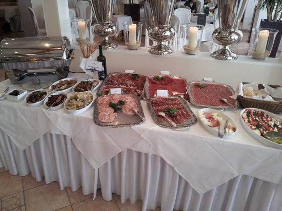 KOLLERs Hotel: Le buffet à thème au petit déjeuner