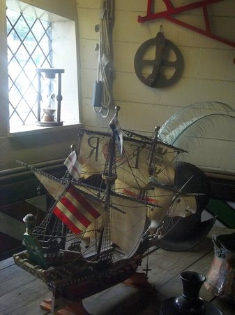 Golden Hind Museum Ship: mini