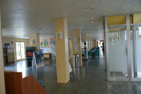 Sanmarti Hotel: lobby