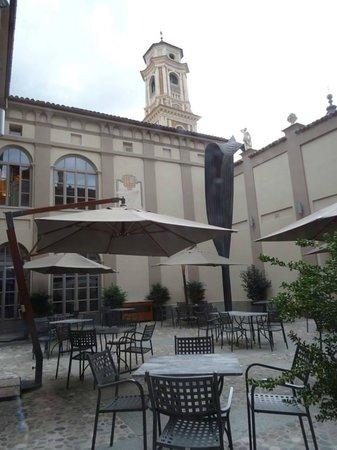 Palazzo Righini: courtyard