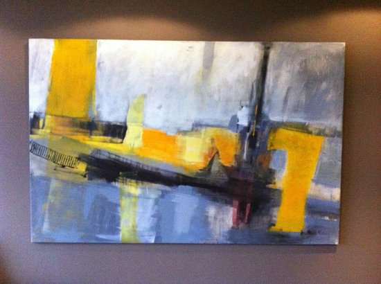 Atlantic Hotel Lubeck : Lift lobby art