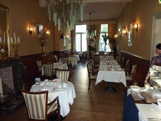 Hotel de Pauwenhof: Breakfast room