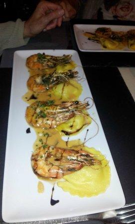 La Petite Auberge : Les Gambas aux ravioles de crabe