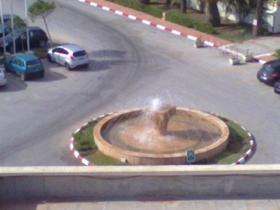 Hotel Mehari Hammamet : vue parking