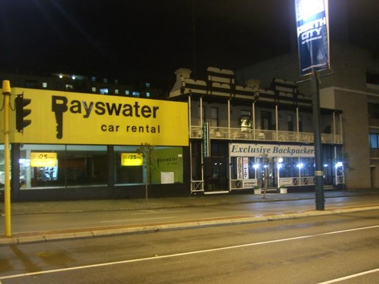 Exclusive Backpackers: Right next to Bayswater car rental