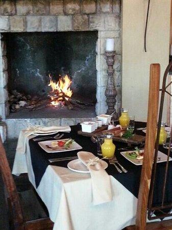 Letsatsi Private Game Lodge: Warm hospitality.