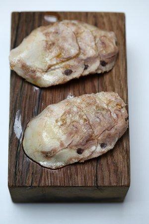 Ca L'Arpa Hotel: cloyingly fatty pork slices