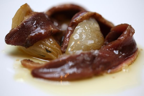 Ca L'Arpa Hotel: duck (?) with sweet onion