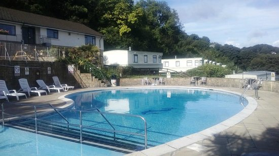 Pool And Clubhouse Picture Of Sandaway Beach Holiday Park Combe Martin Tripadvisor