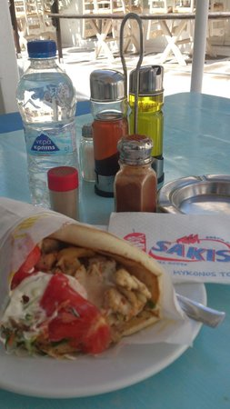 Sakis Grill House : Chicken gyros pitta