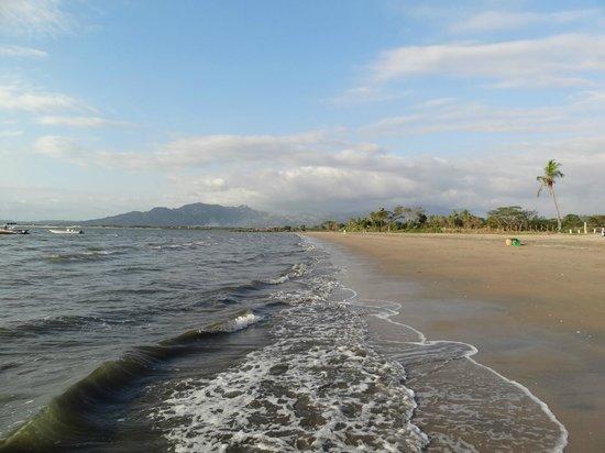 Aquarius On The Beach: Beach