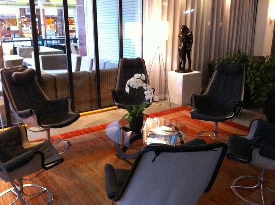 Hotel Lundia: Lobby