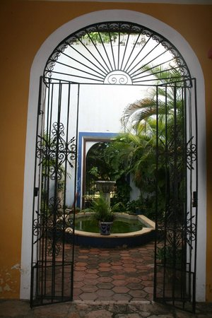 Hacienda Santa Cruz: Cour intérieure