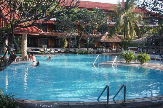 Sol Beach House Benoa Bali by Melia Hotels International: Pool View