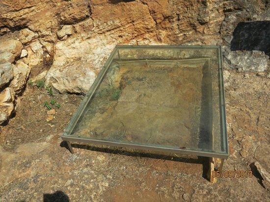 Torre d'en Galmes: TORRE GALMES -BRASERO Protegido Cristal