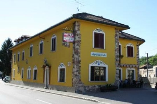 Hotel Stelvio: Vue extérieure