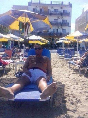 Danaos Hotel: io al mare
