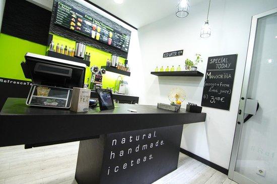 Refresca tea the fruit juices picture of refresca tea barcelona tripadvisor - Tea shop barcelona ...