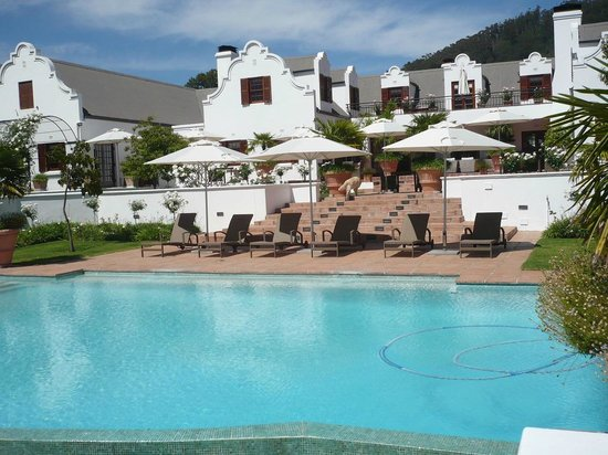 Franschhoek Manor : Manor with pool and new lounger