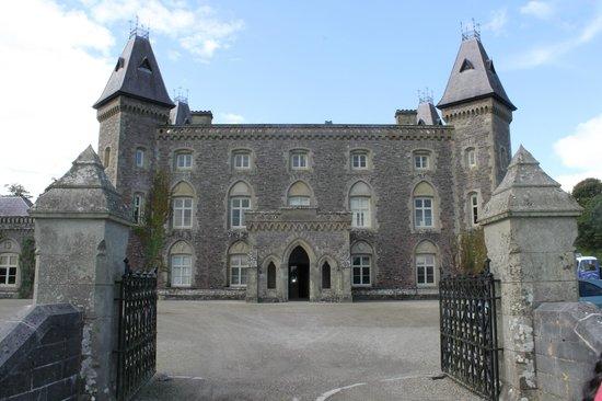 Dinefwr: Castle front view