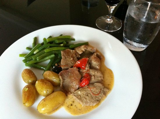 Villa Carnot : Own cooking - perfect veal